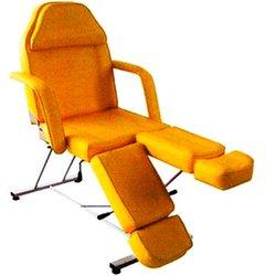 Кушетка педикюрно-косметологическая ZD-813A (001149) стационарная - желтый