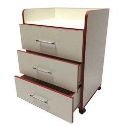 Тележка косметологическая UK, белый с красным (FC-TC-105)