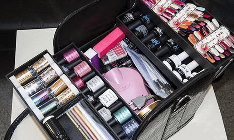 Как выбрать чемодан для мастера маникюра, визажиста - новости от Tufishop.com.ua