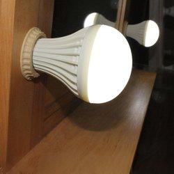 ЛЕД лампа, комбинированная (теплый/холодный)