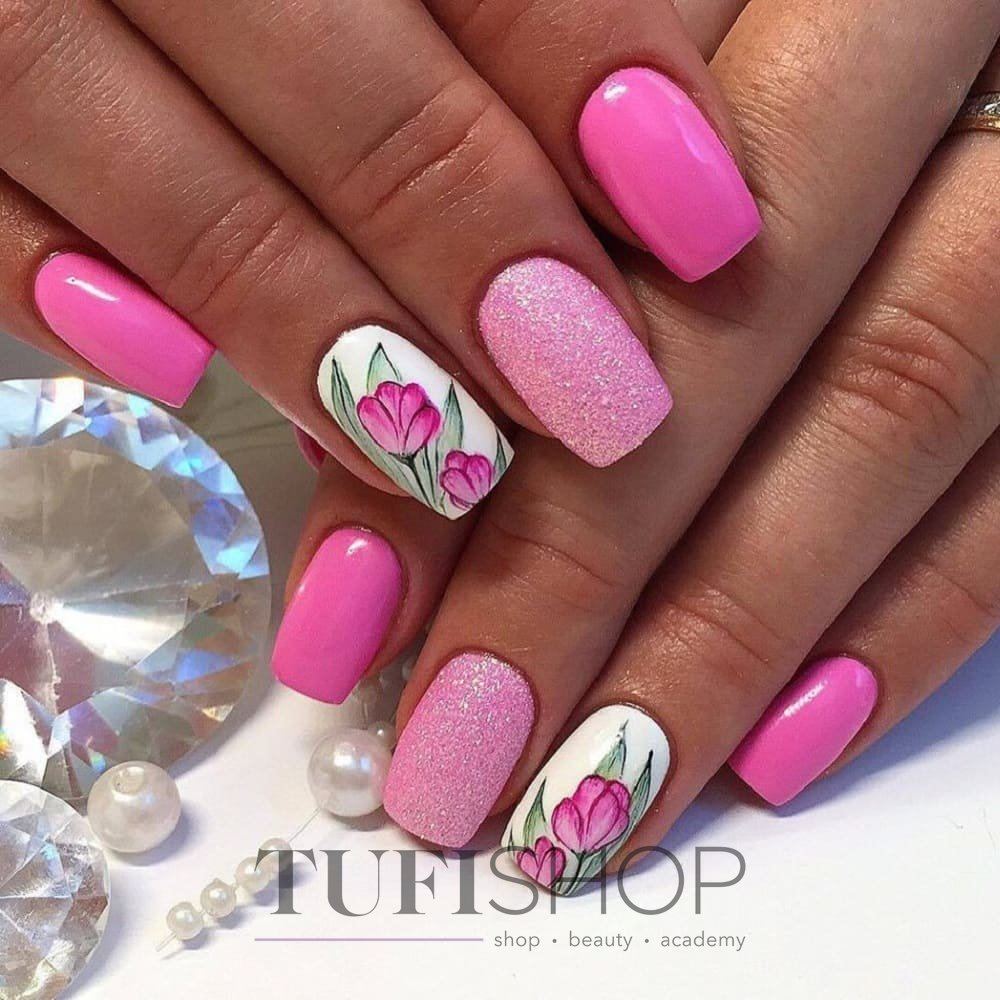 Красивый розовый маникюр гель лаком фото